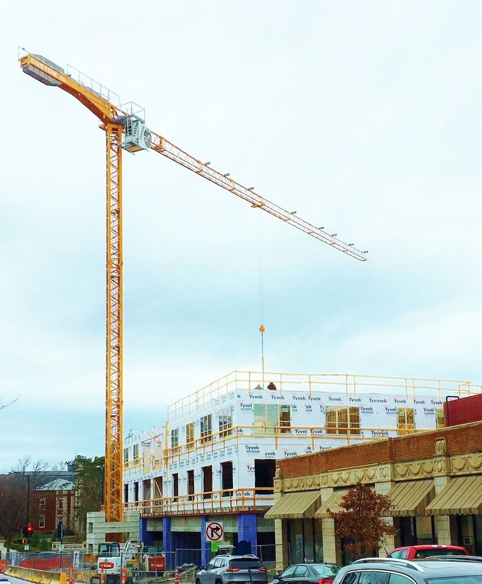 SMT 520 tower crane at Shakespeare's Pizza in Columbia, MO