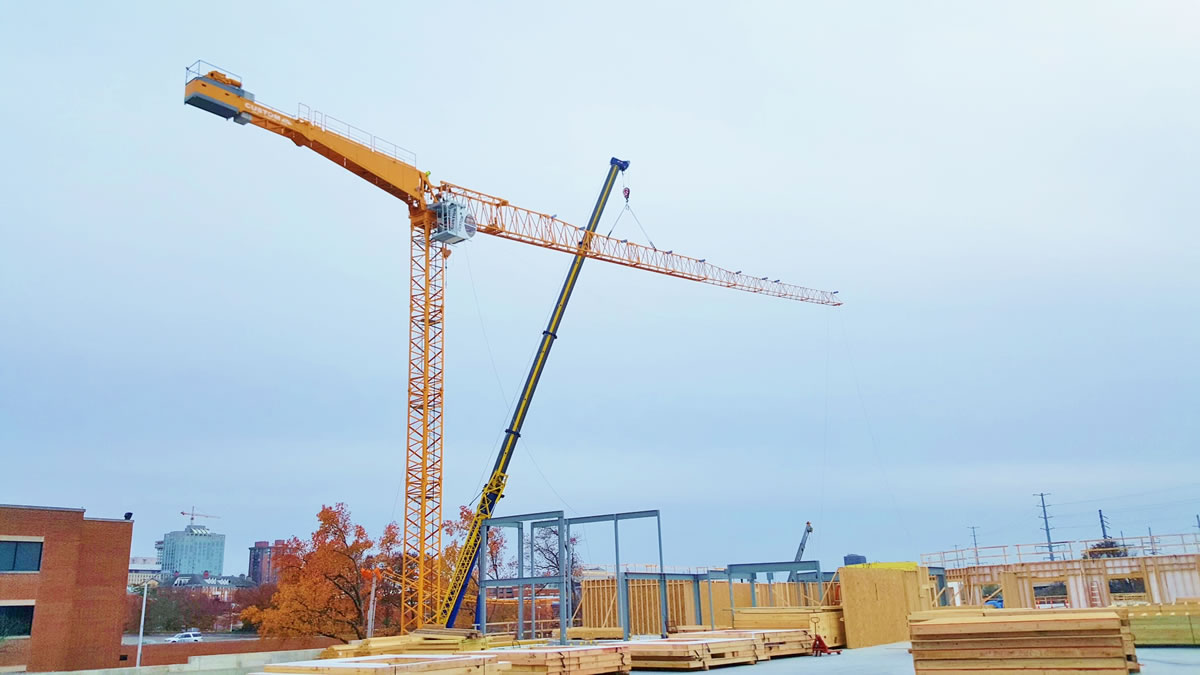 tower crane in clayton, MO