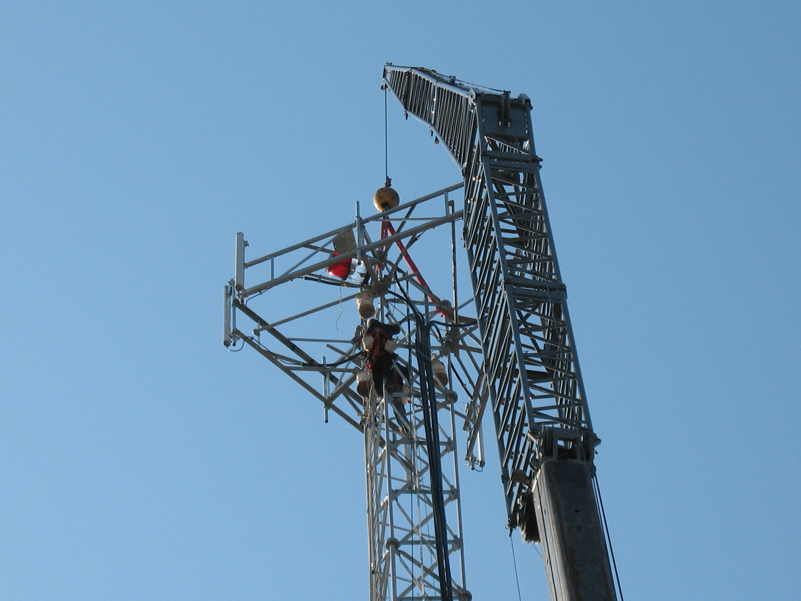 Close-up of 175 pick on a cell tower.