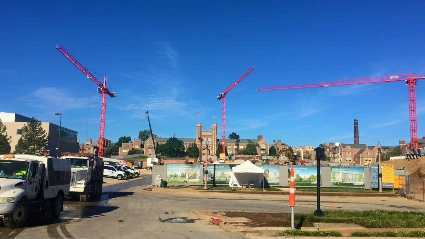 A Wolff 8033 clear and two Wolff 7536 tower cranes have been erected at Washington University in St. Louis.
