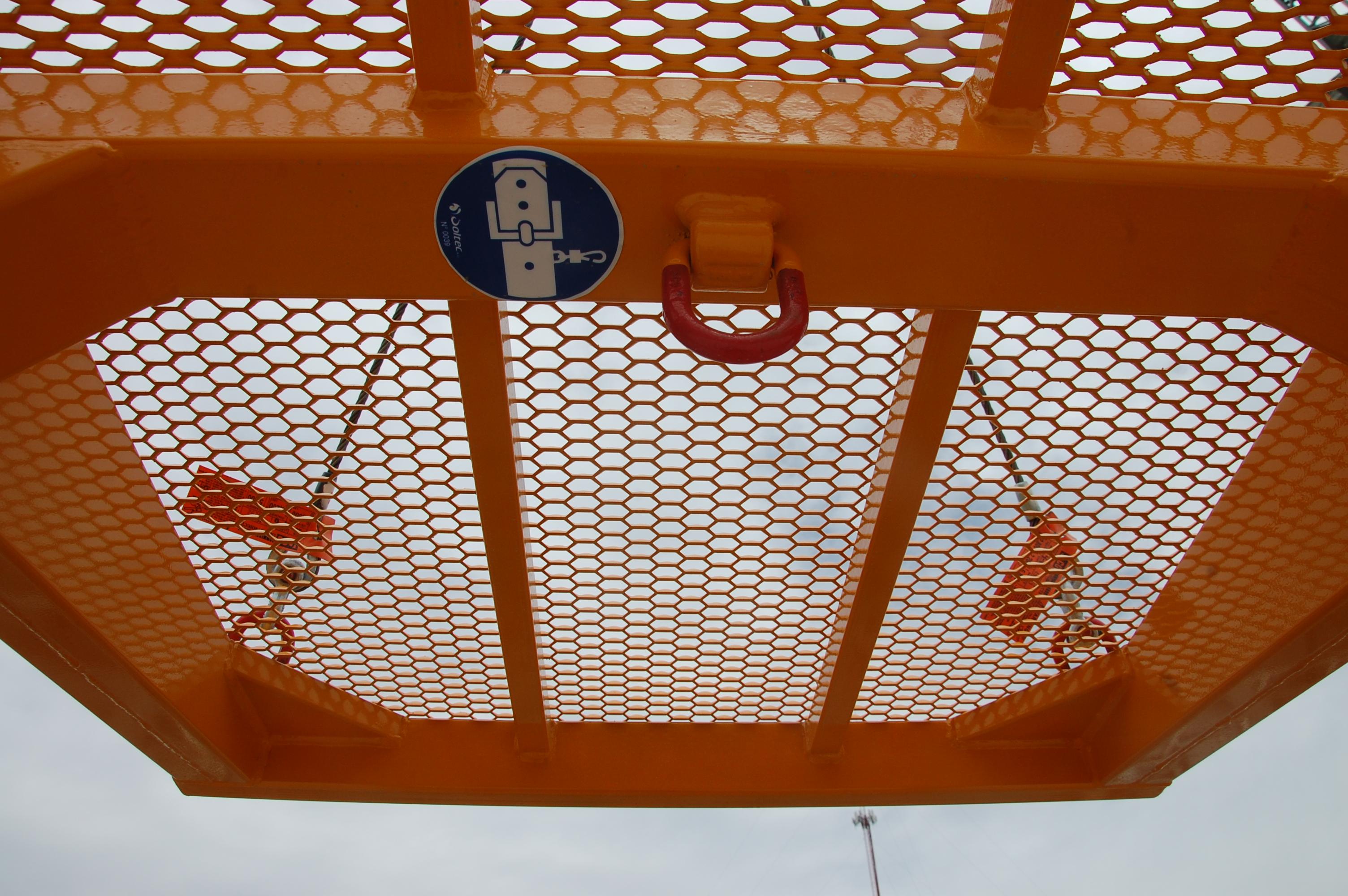 man basket roof hook